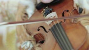 El jugar en el violoncelo metrajes