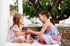 El jugar feliz de las muchachas Imagen de archivo libre de regalías