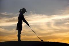 El juntar con te para arriba en la puesta del sol. Fotografía de archivo libre de regalías