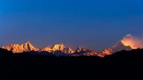 El Kanchenjunga majestuoso imagen de archivo