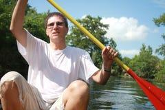 El Kayaking en el río del verano Fotografía de archivo