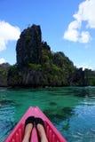 El Kayaking en Filipinas Foto de archivo libre de regalías