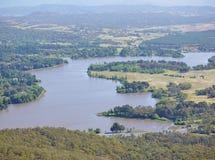 El lago artificial de Canbarra imagenes de archivo