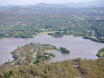 El lago artificial de Canbarra fotografía de archivo