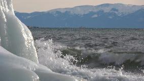 El lago Baikal en diciembre almacen de video