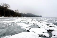 El lago Balatón en invierno en Tihany Fotos de archivo libres de regalías