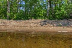 El lago bowstring es parte del nativo americano Reserva del lago leech imagen de archivo libre de regalías