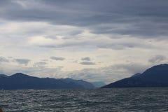 El lago de Garda Fotos de archivo libres de regalías