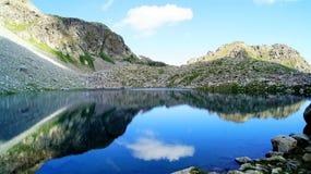 El lago de la montaña de Sofía fotos de archivo libres de regalías