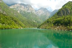 el lago de Stua en la provincia de Belluno imágenes de archivo libres de regalías