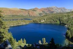 El lago George y el lago se casan fotografía de archivo