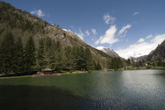 El lago jean's del santo de Gressoney fotos de archivo