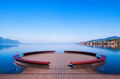 El lago Lemán en Montreux, Suiza Foto de archivo libre de regalías