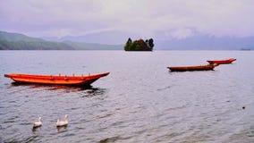 El lago Lugu Imágenes de archivo libres de regalías