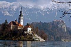 El lago sangró, Eslovenia imagen de archivo