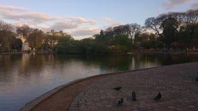 El lago se relaja imagen de archivo