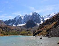 El lago superior del shavlinskoe Fotografía de archivo libre de regalías