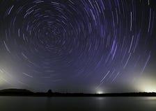El lago y la estrella polar imagen de archivo libre de regalías