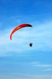 El lanzarse en paracaídas Fotografía de archivo libre de regalías