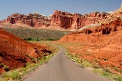 El largo camino adelante Imagen de archivo
