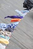 El lavarse con las ropa-clavijas Fotografía de archivo