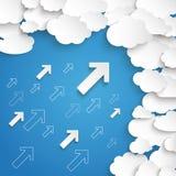 El Libro Blanco se nubla el cielo azul de las pequeñas flechas Fotos de archivo