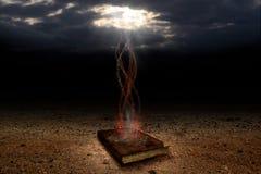 El libro mágico Imagen de archivo