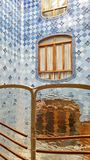 El ligero interno bien de la casa Batllo en Barcelona, Catalonial, foto de archivo libre de regalías
