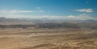 El llano de Nazca visto del avión sobre las líneas, Nazca, el PE foto de archivo libre de regalías
