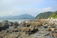 El lleno de coastlinein de piedra para el turismo en SHENZHEN, CHINA, ASIA Fotografía de archivo