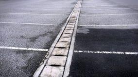 El llover vacante de Asphalt Outdoor Parking Lot After Imagenes de archivo