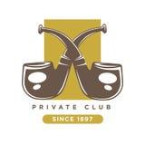 El logotipo del club privado con dos cruzó los tubos que fumaban Imágenes de archivo libres de regalías
