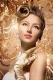 El lujo diseñó a señora Portrait de la belleza Imagenes de archivo