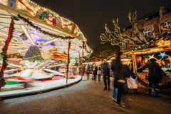 El más viejo mercado de la Navidad de Europa - Estrasburgo, Alsacia, Fran Imagenes de archivo