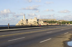 EL Malecon e Castillo de los Tres Reyes del Morro Havana Cuba fotografia stock