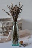 El manojo de hierba de la lavanda y de lavanda secadas florece imagen de archivo libre de regalías