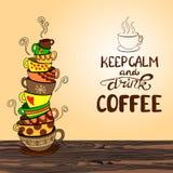 El ` mantiene las letras tranquilas y de la bebida del café del ` con la pila dibujada mano del garabato del VECTOR de tazas Fotos de archivo libres de regalías