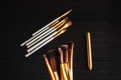 El maquillaje cepilla el oro Fotografía de archivo libre de regalías