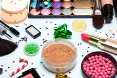 El maquillaje de la fiesta de Navidad, Año Nuevo brillante compone - el primer imagenes de archivo