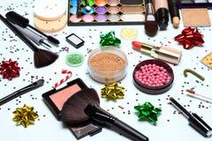 El maquillaje que relucir de la fiesta de Navidad, Año Nuevo chispeante compone foto de archivo