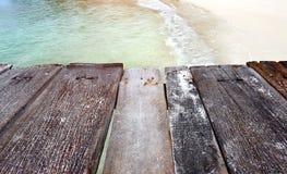 El mar de madera relaja el puente Imagen de archivo libre de regalías
