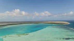 El mar del Caribe de la isla de Bonaire windsurf laguna Sorobon imagen de archivo