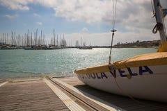 ¡El mar Mediterráneo está listo para ser navegado por usted! Imagen de archivo libre de regalías