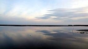 El mar tranquilo por la tarde Imagen de archivo