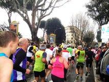 El maratón de Roma, marzo de 2014, el 3ro kilómetro Fotos de archivo libres de regalías