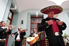El Mariachi congriega Imagenes de archivo