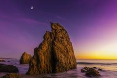 EL Matador State Beach, Malibu, Kalifornien, vereinigt sättigt Stockbilder