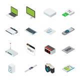 El material informático isométrico del hogar y de oficina con la mesa, ordenador portátil, hace tabletas el teléfono etc stock de ilustración