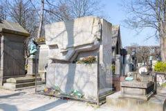 El mausoleo de Oscar Wilde imagenes de archivo