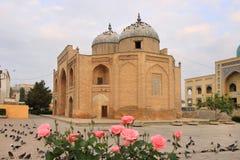 El mausoleo del anuncio-dinar de Sheikh Massal en la ciudad de Khujand, Tayikistán imagen de archivo